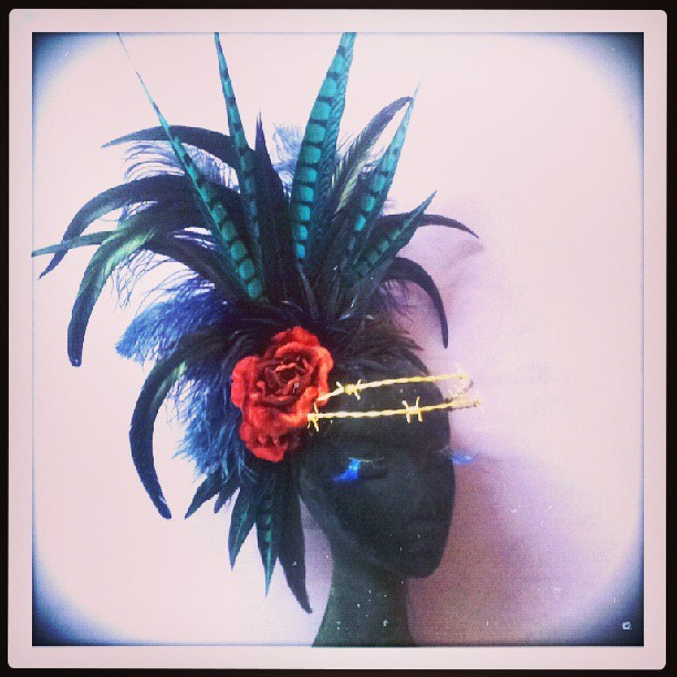 Dangerous Liaison Divalicious Fascinator