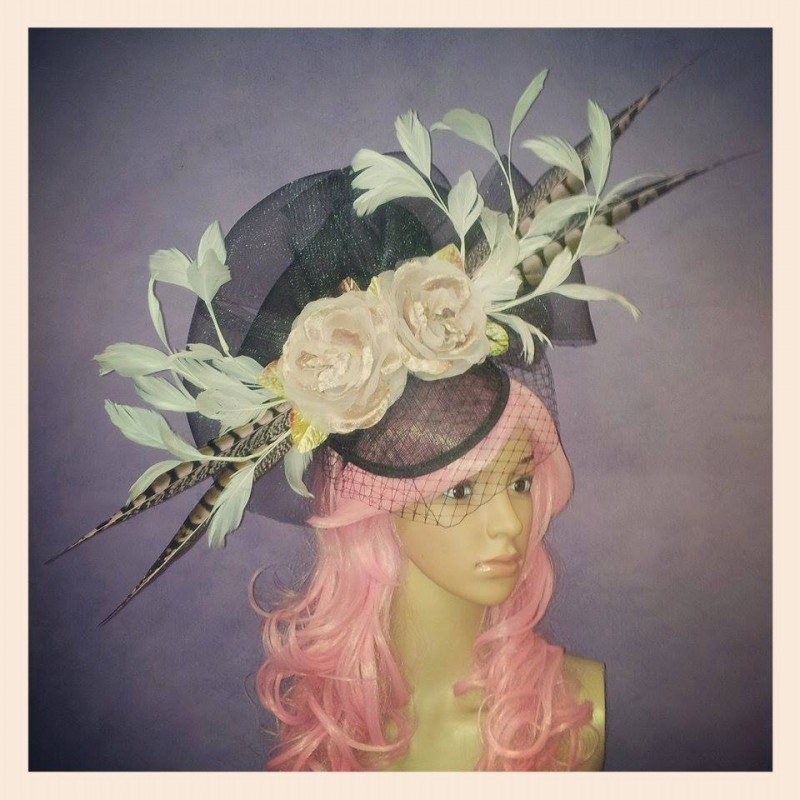 Lola in Love Divalicious Fascinator