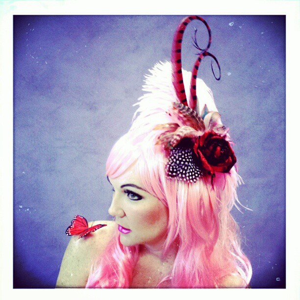 Sugar Berry Divalicious Fascinator
