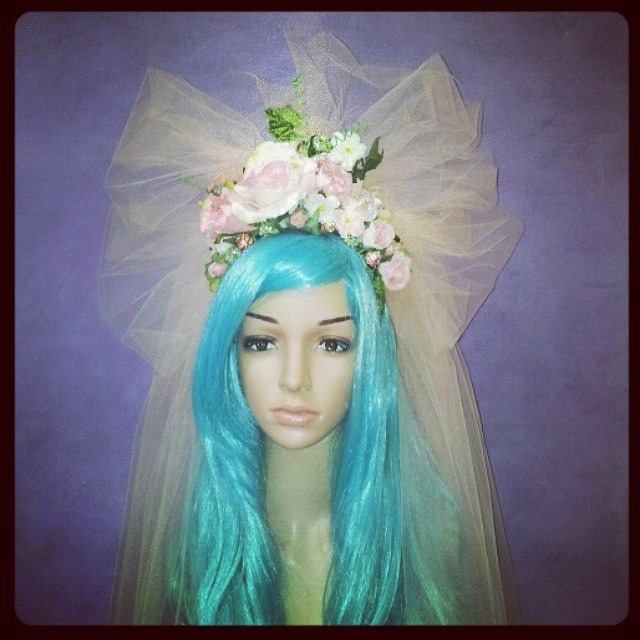 The Goddess of Peaches and Dreams Divalicious Headdress
